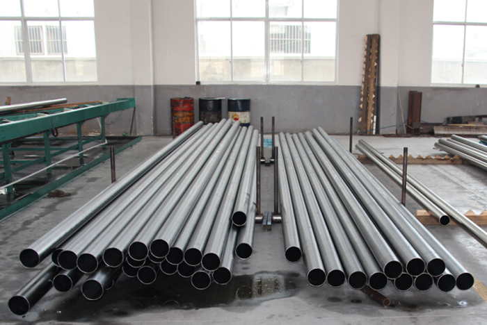 Seamless bright annealed stainless steel precision tubes